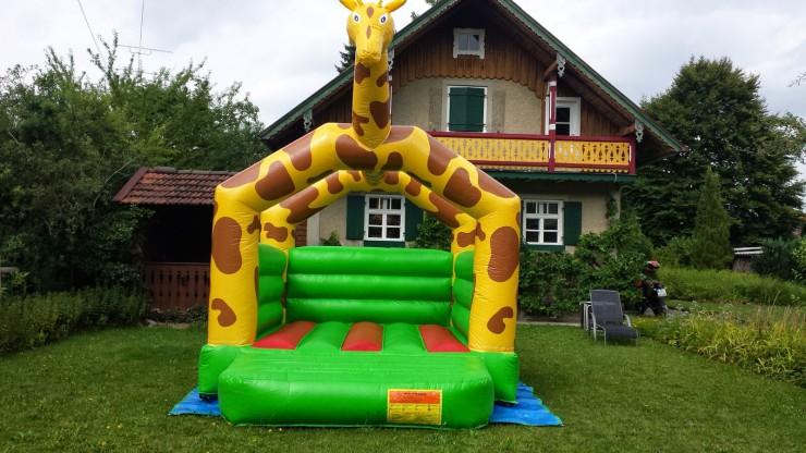 PARTY4YOU - Kleine Hüpfburg Giraffe - Garten