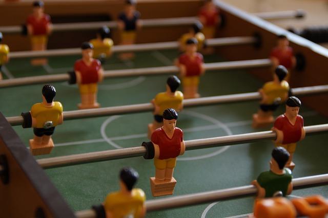 PARTY4YOU - Spiel und Spass - XXL Tischkicker